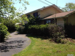 Photo of 74 Landscape Dr, Wheatley Heights, NY 11798 (MLS # 2956455)