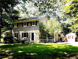 Photo of 6 Thomas Dr, Wading River, NY 11792 (MLS # 2957546)