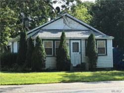 Photo of 12 Saunders Ave, Center Moriches, NY 11934 (MLS # 2968678)