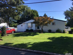 Photo of 11 W 13th St, Deer Park, NY 11729 (MLS # 2969998)