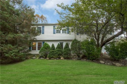 Photo of 4 Imperial Gate, Dix Hills, NY 11746 (MLS # 2983268)