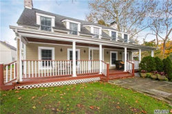 Photo of 16 Hunting Hollow Ct, Dix Hills, NY 11746 (MLS # 2984515)