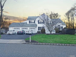 Photo of 30 Silas Woods Rd, Manorville, NY 11949 (MLS # 2994903)