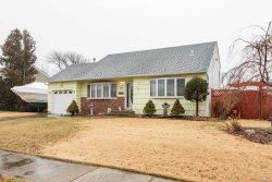 Photo of 43 W Kissimee Rd, Lindenhurst, NY 11757 (MLS # 3003916)