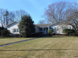 Photo of 34 Watchogue Ave, East Moriches, NY 11940 (MLS # 3007545)