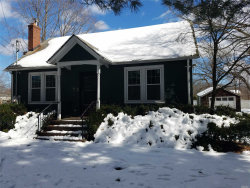 Photo of 147 River Rd, Smithtown, NY 11787 (MLS # 3010044)