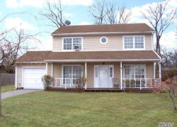 Photo of 78 Wavecrest Dr, Mastic Beach, NY 11951 (MLS # 3011586)