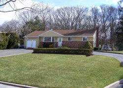 Photo of 9 Lower Rd, Smithtown, NY 11787 (MLS # 3013267)