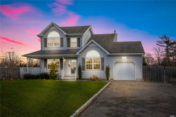 Photo of 3 Paquatuck Ave, East Moriches, NY 11940 (MLS # 3022348)
