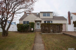 Photo of 36 Cinque Dr, Farmingdale, NY 11735 (MLS # 3024922)