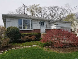 Photo of 257 N Alleghany Ave, Lindenhurst, NY 11757 (MLS # 3028997)