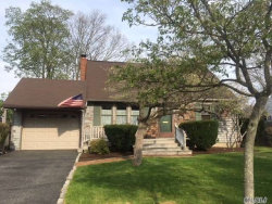 Photo of 60 Midwood Ave, Farmingdale, NY 11735 (MLS # 3031472)