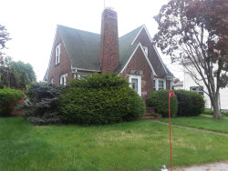 Photo of 194 Prospect St, Farmingdale, NY 11735 (MLS # 3031517)