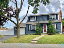 Photo of 179 Park Ave, Deer Park, NY 11729 (MLS # 3039793)
