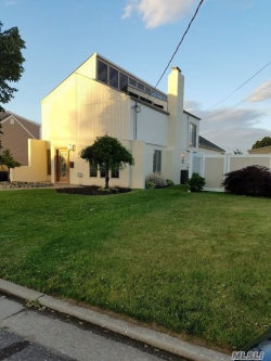 Photo of 387 West Dr, Copiague, NY 11726 (MLS # 3040256)