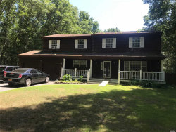 Photo of 6 Clare Ct, Manorville, NY 11949 (MLS # 3046616)