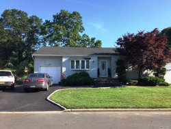 Photo of 20 43rd St, Islip, NY 11751 (MLS # 3047015)