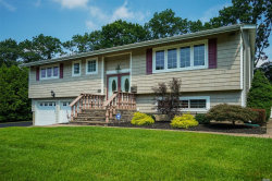 Photo of 28 Corsa St, Dix Hills, NY 11746 (MLS # 3054956)
