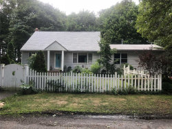 Photo of 102 Oakland Ave, Miller Place, NY 11764 (MLS # 3055948)