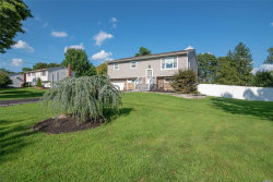Photo of 12 April Ave, Dix Hills, NY 11746 (MLS # 3056310)
