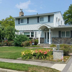 Photo of 1 Lawson Pl, Dix Hills, NY 11746 (MLS # 3056437)