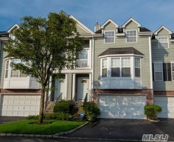Photo of 123 Paddington Cir, Smithtown, NY 11787 (MLS # 3056855)