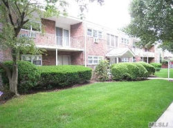 Photo of 26 Ivy St , Unit 4A, Farmingdale, NY 11735 (MLS # 3063552)