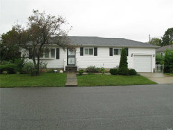 Photo of 509 Grand Blvd, Deer Park, NY 11729 (MLS # 3064898)