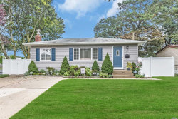 Photo of 39 Westwood Ave, Deer Park, NY 11729 (MLS # 3065857)