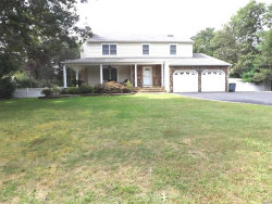 Photo of 10 Evergreen Dr, Manorville, NY 11949 (MLS # 3079571)