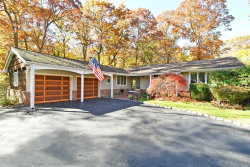 Photo of 4 Candlewood North Path, Dix Hills, NY 11746 (MLS # 3080562)
