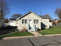 Photo of 749 Knoll St, Lindenhurst, NY 11757 (MLS # 3080760)
