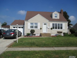Photo of 19 Maple Dr, Lindenhurst, NY 11757 (MLS # 3080838)
