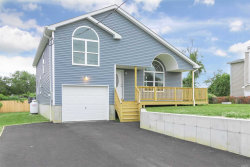 Photo of 26 Peters Dr, Shirley, NY 11967 (MLS # 3084414)