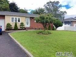 Photo of 191 E 1st St, Deer Park, NY 11729 (MLS # 3086290)
