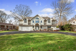 Photo of 28 Pineacre Dr, Smithtown, NY 11787 (MLS # 3087257)