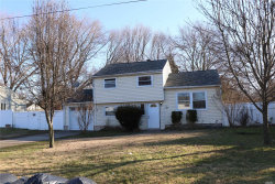 Photo of 627 Americus Ave, E. Patchogue, NY 11772 (MLS # 3093434)