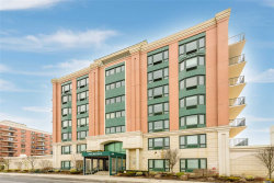 Photo of 260 W Broadway , Unit 4D, Long Beach, NY 11561 (MLS # 3109825)