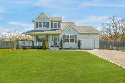 Photo of 3 Paquatuck Ave, East Moriches, NY 11940 (MLS # 3117457)