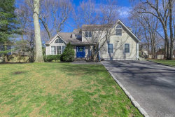 Photo of 5 Wildflower Dr, Smithtown, NY 11787 (MLS # 3117723)