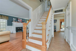 Photo of 14 Stratton Ln, Stony Brook, NY 11790 (MLS # 3118032)