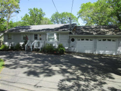 Photo of 355 Wading River Rd, Manorville, NY 11949 (MLS # 3129595)