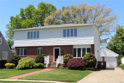Photo of 812 Pineneck Rd, Seaford, NY 11783 (MLS # 3131765)