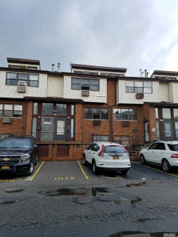 Photo of 2-22 Capstan Ct, College Point, NY 11356 (MLS # 3135457)