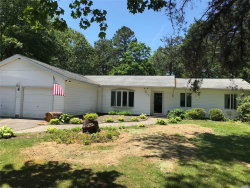 Photo of 6 Bruce Dr, Manorville, NY 11949 (MLS # 3137871)