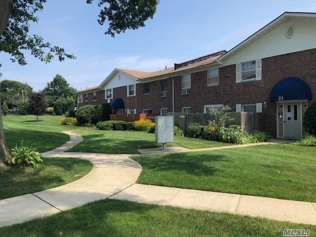 Photo for 460 Old Town Rd , Unit 23K, Pt.Jefferson Sta, NY 11776 (MLS # 3154346)