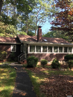 Photo of 39 Hayward Ave, Mt. Sinai, NY 11766 (MLS # 3156308)