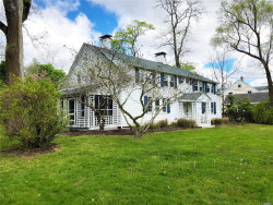 Photo of 149 South Country Rd, Remsenburg, NY 11960 (MLS # 3162404)