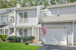 Photo of 51 Lakeview Dr, Manorville, NY 11949 (MLS # 3165414)
