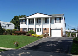 Photo of 61 Wesleyan Rd, Smithtown, NY 11787 (MLS # 3169674)